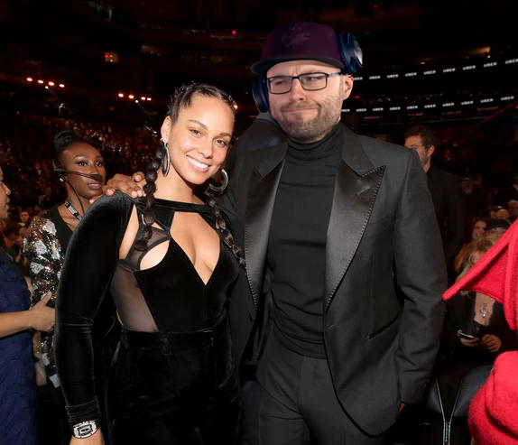 Alicia Keys Ft. Ryan 'Northern' Letourneau - Empire State Of Bullied By Twitch Chat